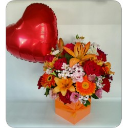 608 | Floral arrangement with balloon